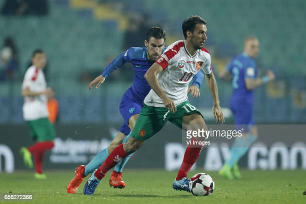 Kevin Strootman of Holland Ivelin Popov of Bulgariaduring the FIFA World Cup 2018 qualifying match between Bulgaria and Netherlands on March 25 2017...