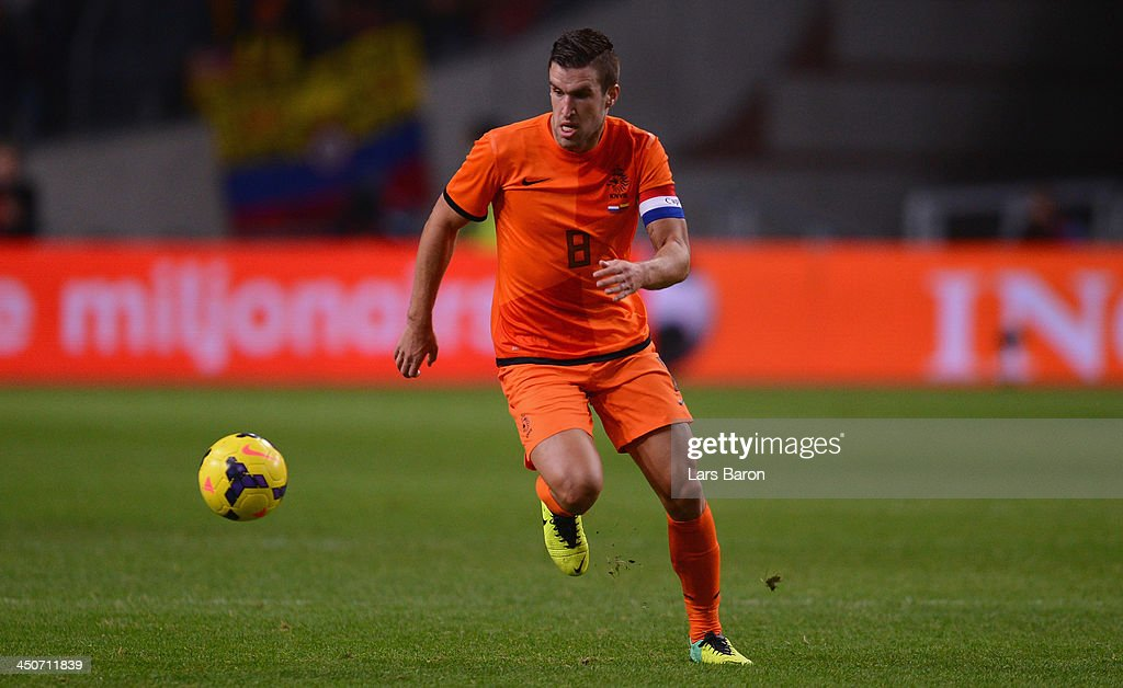 <a gi-track='captionPersonalityLinkClicked' href=/galleries/search?phrase=Kevin+Strootman&family=editorial&specificpeople=5566501 ng-click='$event.stopPropagation()'>Kevin Strootman</a> of Netherlands runs with the ball during the International Friendly match between Netherlands and Colombia at Amsterdam ArenA on November 19, 2013 in Amsterdam, Netherlands.