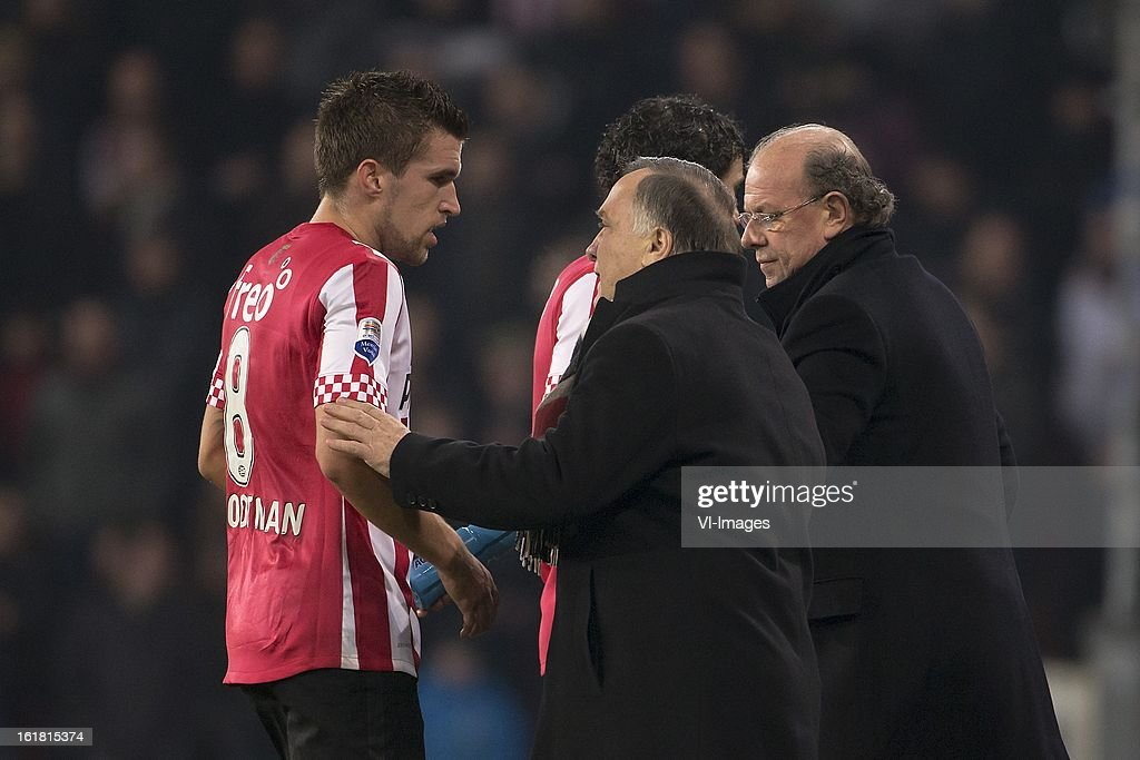 Kevin Strootman of PSV, Coach Dick Advocaat of PSV during the Dutch Eredivisie match between PSV Eindhoven and FC Utrecht at the Philips Stadium on february 16, 2013 in Eindhoven, The Netherlands