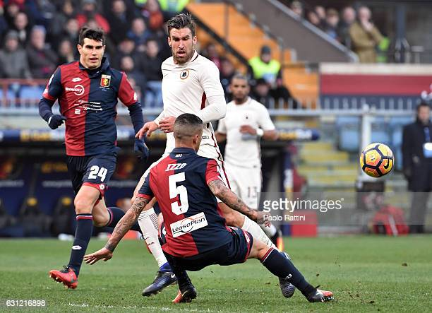 Kevin Strootman of Roma challenge by Armando Izzo of Genoa during the Serie A match between Genoa CFC and AS Roma at Stadio Luigi Ferraris on January...