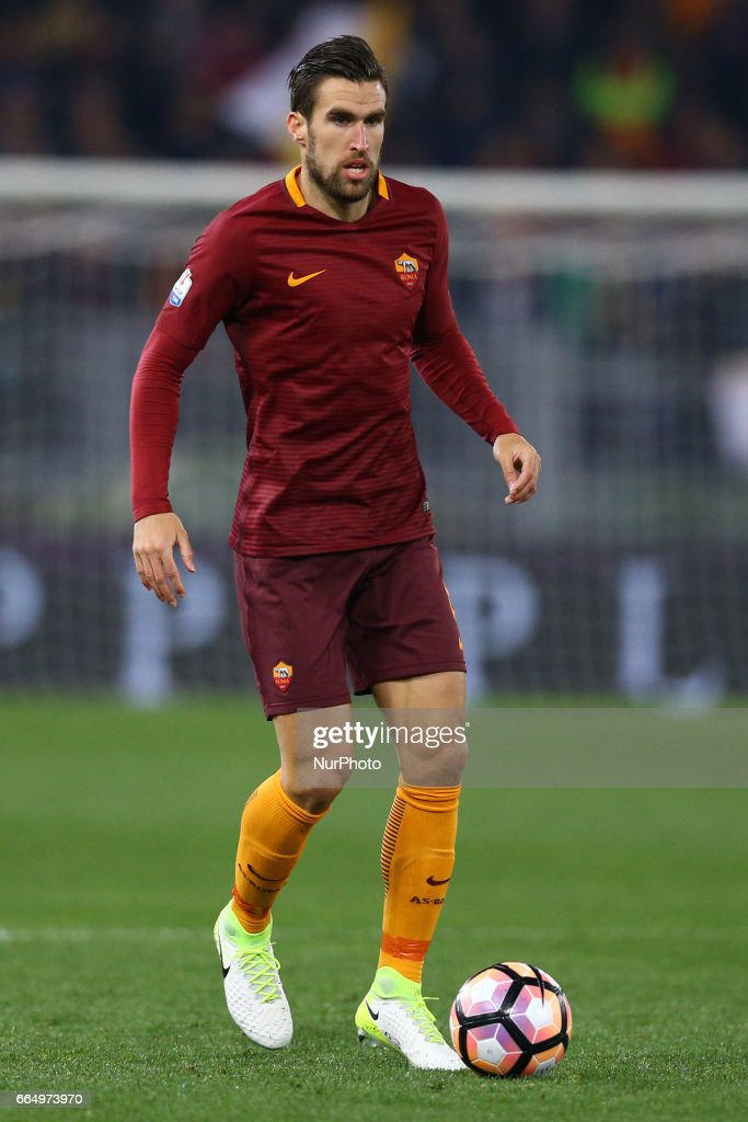 Kevin Strootman of Roma during the TIM Cup match between AS Roma and SS Lazio at Stadio Olimpico on April 4, 2017 in Rome, Italy.