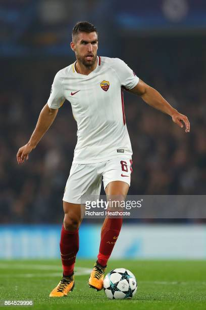 Kevin Strootman of Roma during the UEFA Champions League group C match between Chelsea FC and AS Roma at Stamford Bridge on October 18 2017 in London...