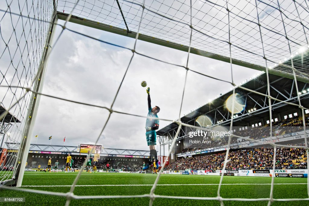 Kevin Stuhr-Ellegaard, goalkeeper of IF Elfsborg throws himself for the ball during the Allsvenskan match between IF Elfsborg and Hammarby at Boras Arena on July 17, 2017 in Boras, Sweden.