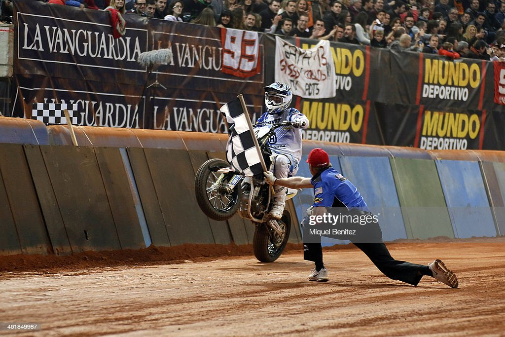Kevin 'The Flagman' Clark in action during the Superprstigio Dirt Track at the Palu of Sant Jordi on January 11, 2014 in Barcelona, Spain.