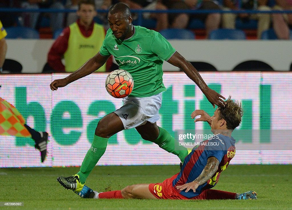 Kevin Theophile-Catherine (L) of Saint Etienne vies vith Sasa Balic (R) of Tirgu Mures during the UEFA Europa League third qualifying round, first leg football match between Romania's ASA 2013 Tirgu Mures and AS Saint-Etienne in Targu Mures on July 30, 2015. AFP PHOTO / DANIEL MIHAILESCU Kevin Theophile-Catherine (L) of Saint Etienne vies vith Sasa Balic (R) of Tirgu Mures during UEFA Europa League third qualifying round, first leg football match in Targu Mures city July 30, 2015.