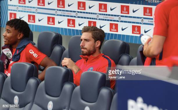 Kevin Trapp of Paris SaintGermain during the French Ligue 1 match between Paris Saint Germain and Amiens SC at Parc des Princes on August 5 2017 in...