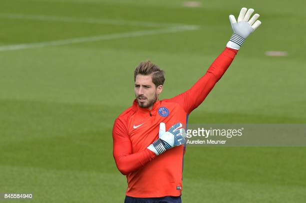 Kevin Trapp of Paris SaintGermain warms up before a Paris SaintGermain training session at Centre Ooredoo on September 11 2017 in SaintGermain en...