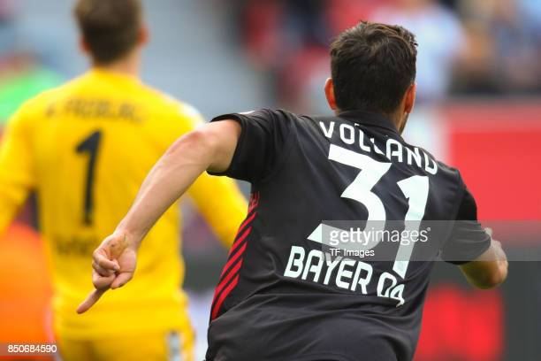 Kevin Volland celebrate a goal during the Bundesliga match between Bayer 04 Leverkusen and SC Freiburg at BayArena on September 17 2017 in Leverkusen...