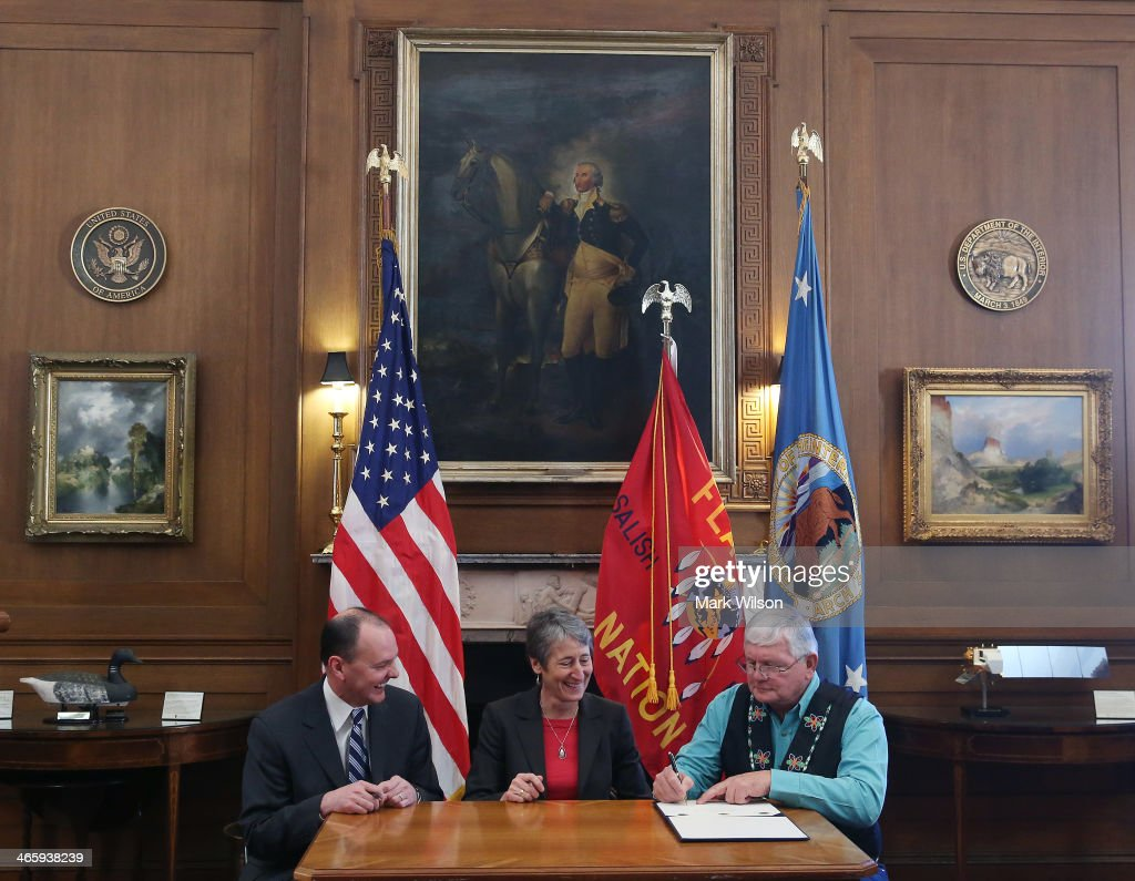 Interior sally jewell announces buy back program for tribal lands getty images for Who is the secretary of the interior department