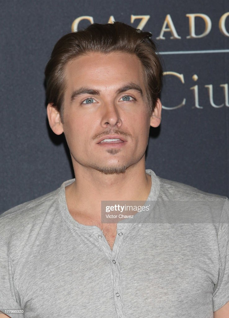 <a gi-track='captionPersonalityLinkClicked' href=/galleries/search?phrase=Kevin+Zegers&family=editorial&specificpeople=622283 ng-click='$event.stopPropagation()'>Kevin Zegers</a> attends 'The Mortal Instruments: City of Bones' Mexico City photocall at St Regis Hotel on August 26, 2013 in Mexico City, Mexico.