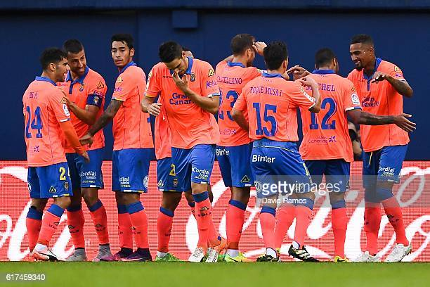KevinPrince Boateng of UD Las Palmas celebrates with his team mates after scoring his team's first goal during the La Liga match between Villarreal...