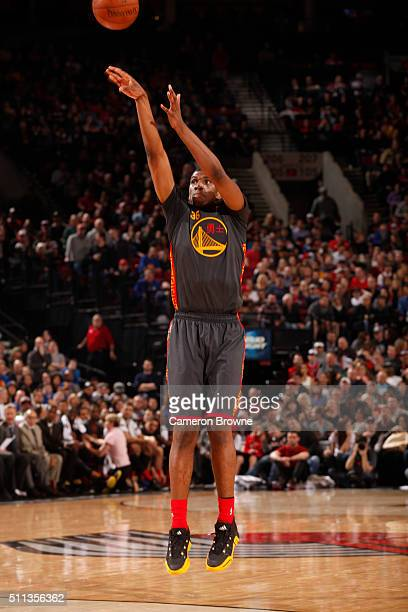 Kevon Looney of the Golden State Warriors shoots the ball against the Portland Trail Blazers on February 19 2016 at the Moda Center in Portland...