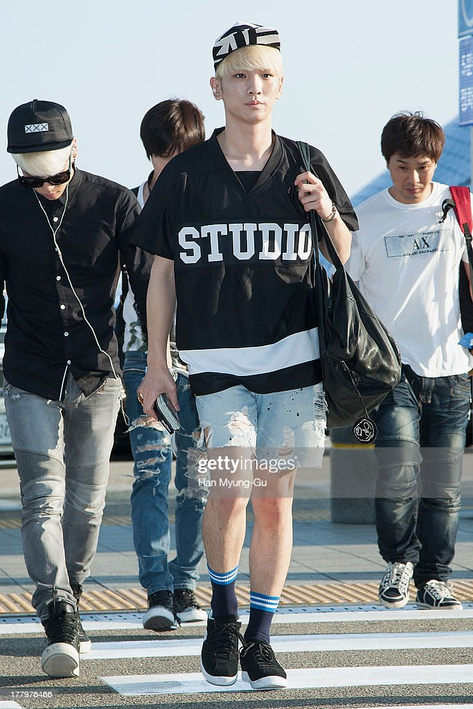 <a gi-track='captionPersonalityLinkClicked' href=/galleries/search?phrase=Key+-+Korean+Singer&family=editorial&specificpeople=12538635 ng-click='$event.stopPropagation()'>Key</a> of South Korean boy band SHINee is seen on departure at the Incheon International Airport on August 26, 2013 in Incheon, South Korea.