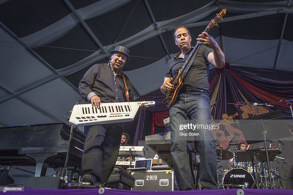 Keyboardist George Duke and bassist Stanley Clarke performs during the 2013 New Orleans Jazz & Heritage Music Festival at Fair Grounds Race Course on May 4, 2013 in New Orleans, Louisiana.
