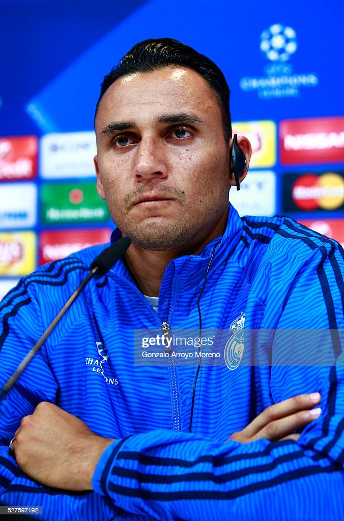 <a gi-track='captionPersonalityLinkClicked' href=/galleries/search?phrase=Keylor+Navas&family=editorial&specificpeople=2097517 ng-click='$event.stopPropagation()'>Keylor Navas</a> of Real Madrid faces the media during a press conference ahead of the UEFA Champions League Semi Final Second Leg between Real Madrid and Manchester City at Valdebebas training ground on May 3, 2016 in Madrid, Spain.