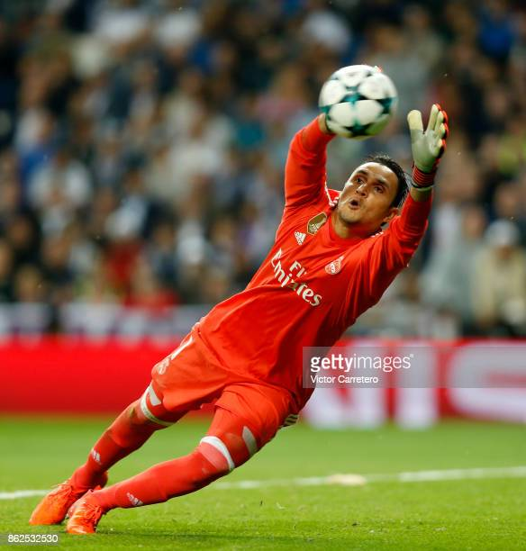 Keylor Navas of Real Madrid makes a safe during the UEFA Champions League group H match between Real Madrid CF and Tottenham Hotspur at Estadio...