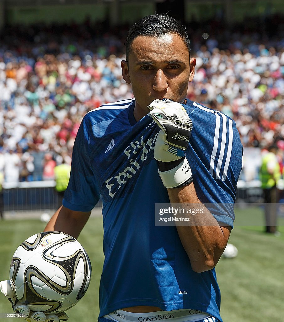 New Signing Keylor Navas ficially Unveiled At Real Madrid s