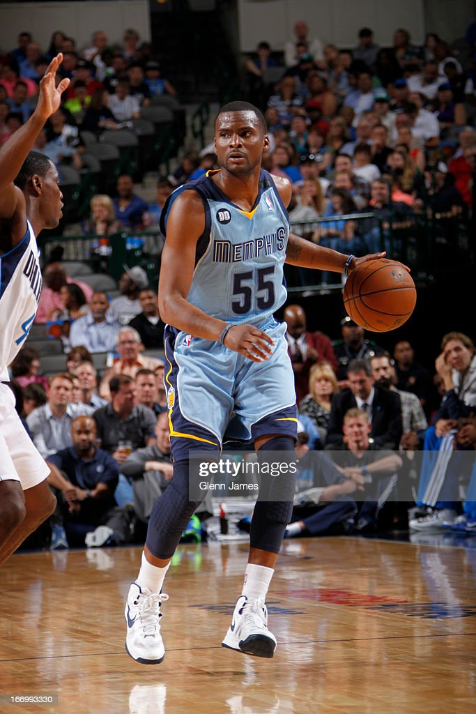 <a gi-track='captionPersonalityLinkClicked' href=/galleries/search?phrase=Keyon+Dooling&family=editorial&specificpeople=202647 ng-click='$event.stopPropagation()'>Keyon Dooling</a> #55 of the Memphis Grizzlies brings the ball up court against the Dallas Mavericks on April 15, 2013 at the American Airlines Center in Dallas, Texas.