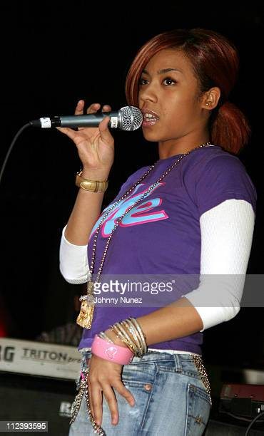Keyshia Cole during Bilal in Concert with Guests Musiq Keyshia Cole and Jaguar Wright December 11 2004 at BBKings in New York City New York United...