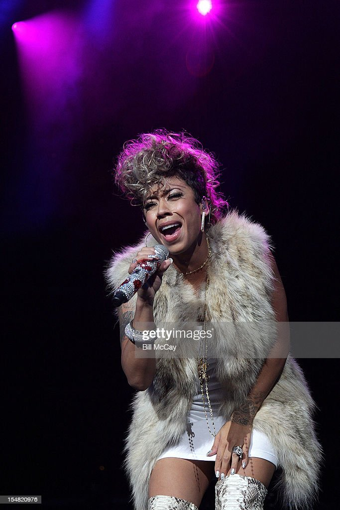 <a gi-track='captionPersonalityLinkClicked' href=/galleries/search?phrase=Keyshia+Cole&family=editorial&specificpeople=563536 ng-click='$event.stopPropagation()'>Keyshia Cole</a> performs at Power 99 Powerhouse 2012 at the Wells Fargo Center October 26, 2012 in Philadelphia, Pennsylvania.