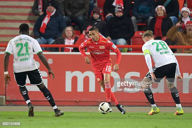 Khaled Narey of the SpVgg Greuther Fuerth Kenny Prince Redondo of 1 FC Union Berlin and Marcel Franke of the SpVgg Greuther Fuerth during the game...