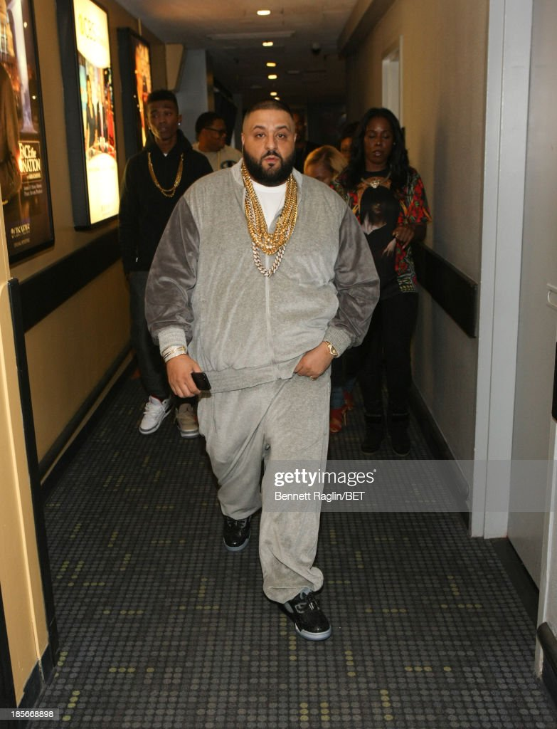<a gi-track='captionPersonalityLinkClicked' href=/galleries/search?phrase=DJ+Khaled&family=editorial&specificpeople=577862 ng-click='$event.stopPropagation()'>DJ Khaled</a> visits 106 & Park at 106 & Park studio on October 22, 2013 in New York City.