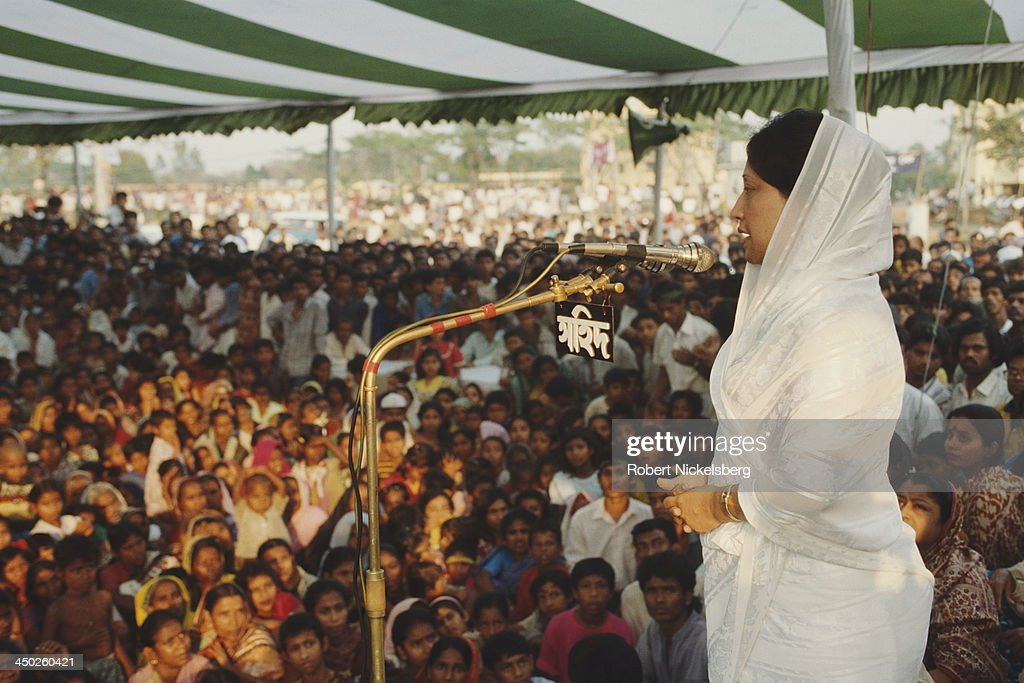<a gi-track='captionPersonalityLinkClicked' href=/galleries/search?phrase=Khaleda+Zia&family=editorial&specificpeople=647544 ng-click='$event.stopPropagation()'>Khaleda Zia</a> campaigning in Dhaka, Bangladesh, 12th February 1991.