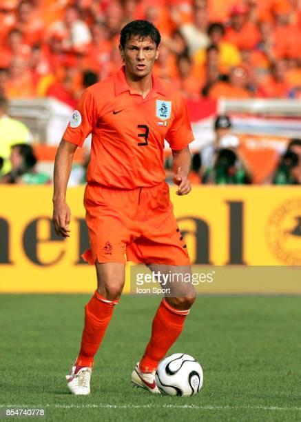 Khalid BOULAHROUZ Pays Bas / Cote d'Ivoire Coupe du Monde 2006