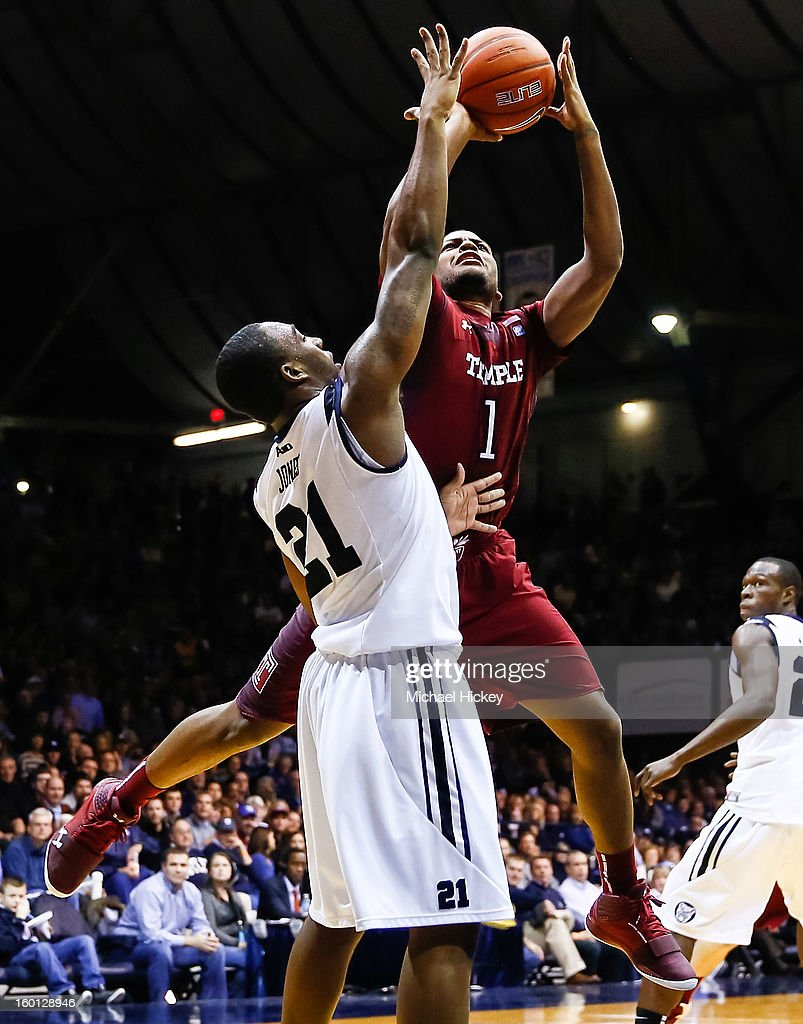Khalif Wyatt #1 of the Temple Owls shoots the ball over Roosevelt Jones #21 of the Butler Bulldogs at Hinkle Fieldhouse on January 26, 2013 in Indianapolis, Indiana. Butler defeated Temple 83-71.