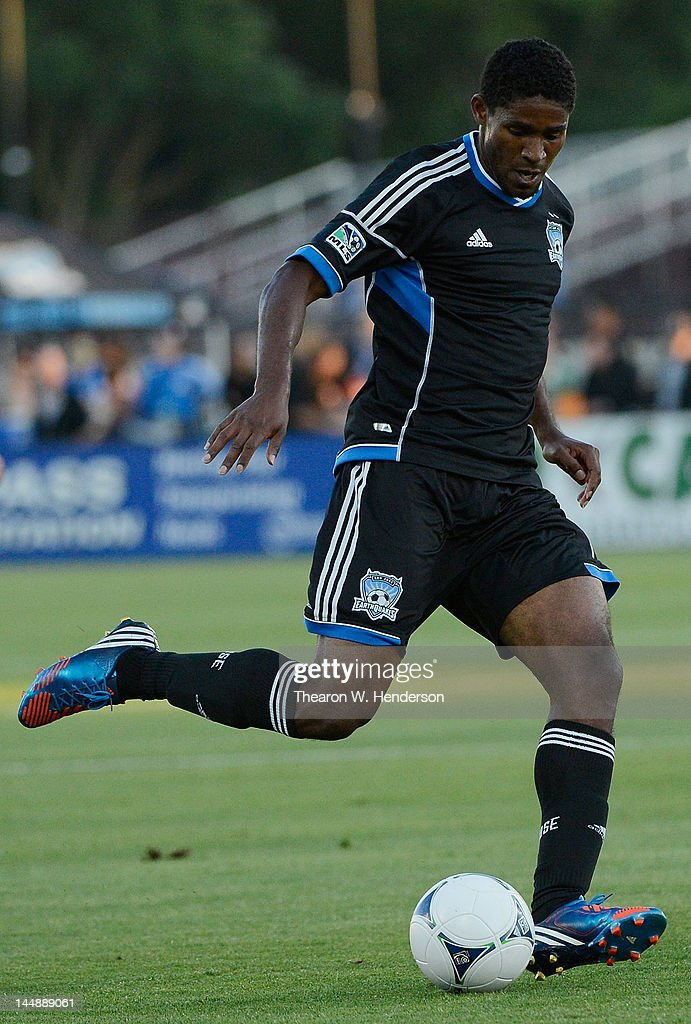 Khari Stephenson of the San Jose Earthquakes looks to pass the ball against the Columbus Crew at Buck Shaw Stadium on May 19 2012 in Santa Clara...