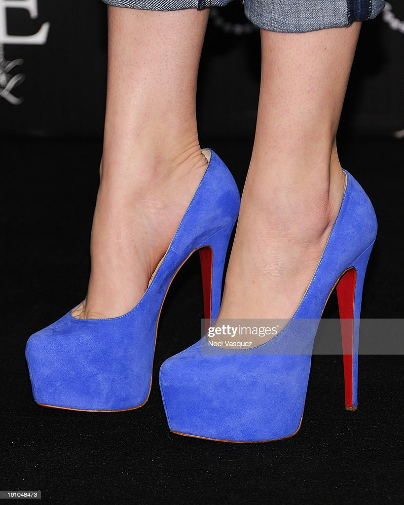 <a gi-track='captionPersonalityLinkClicked' href=/galleries/search?phrase=Khloe+Kardashian&family=editorial&specificpeople=3955023 ng-click='$event.stopPropagation()'>Khloe Kardashian</a> Odom (shoe details) attends the launch of her fragrance 'Unbreakable Love' at Sears on February 8, 2013 in Downey, California.