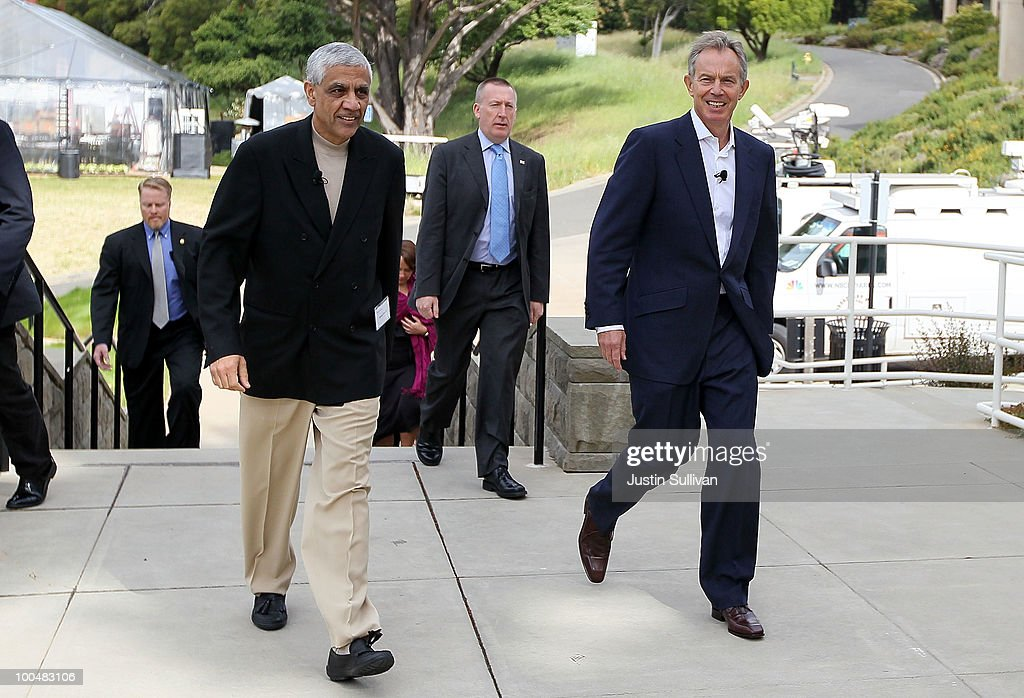 Khosla Ventures founder Vinod Khosla (L) and former British Prime Minister <a gi-track='captionPersonalityLinkClicked' href=/galleries/search?phrase=Tony+Blair&family=editorial&specificpeople=118622 ng-click='$event.stopPropagation()'>Tony Blair</a> (R) arrive at the Khosla Ventures Cleantech Discussion May 24, 2010 in Sausalito, California. Khosla Ventures founder Vinod Khosla announced today that <a gi-track='captionPersonalityLinkClicked' href=/galleries/search?phrase=Tony+Blair&family=editorial&specificpeople=118622 ng-click='$event.stopPropagation()'>Tony Blair</a> Associates will serve as special advisors to Khosla Ventures to advocate for environmental issues and use their global relationships to assist Khosla's broad portfolio of clean technology companies maximize their effectiveness in achieving their environmental goals.