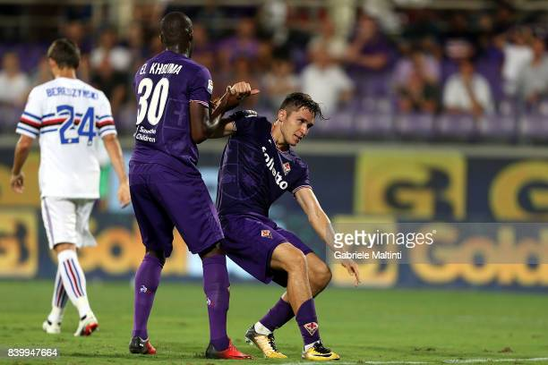 Khouma Babacar and Federico Chiesa of ACF Fiorentina reacts during the Serie A match between ACF Fiorentina and UC Sampdoria at Stadio Artemio...