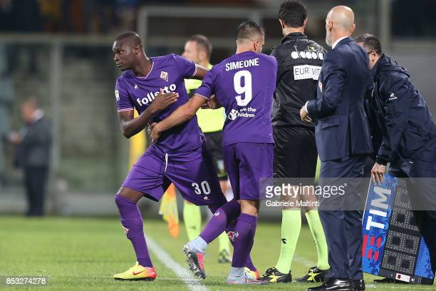 Khouma Babacar and Giovanni Simeone of ACF Fiorentina during the Serie A match between FC Crotone and Benevento Calcio at Stadio Artemio Franchi on...