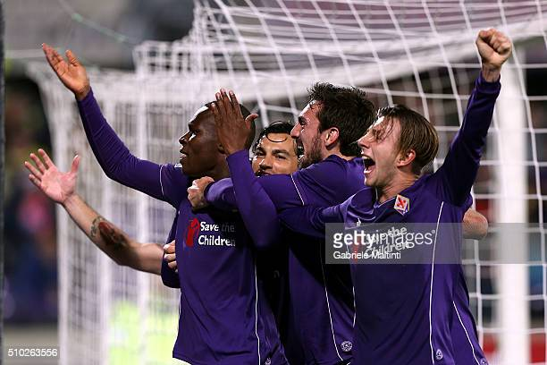 Khouma Babacar of ACF Fiorentina celebrates after scoring a goal during the Serie A match between ACF Fiorentina and FC Internazionale Milano at...