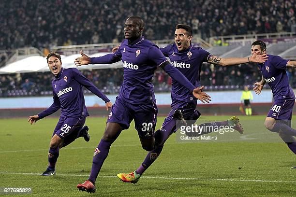 Khouma Babacar of ACF Fiorentina celebrates after scoring a goal during the Serie A match between ACF Fiorentina and US Citta di Palermo at Stadio...