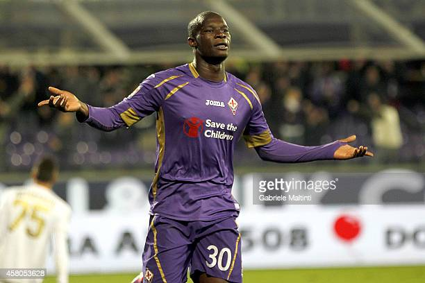 Khouma Babacar of ACF Fiorentina celebrates after scoring his second goal during the Serie A match between ACF Fiorentina and Udinese Calcio at...