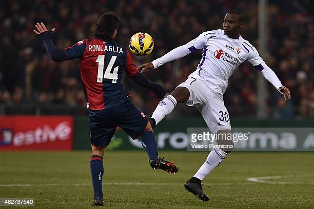 Khouma Babacar of ACF Fiorentina in action against Facundo Roncaglia of Genoa CFC during the Serie A match between Genoa CFC and ACF Fiorentina at...