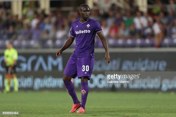 Khouma Babacar of ACF Fiorentina in action during the Serie A match between ACF Fiorentina and UC Sampdoria at Stadio Artemio Franchi on August 27...