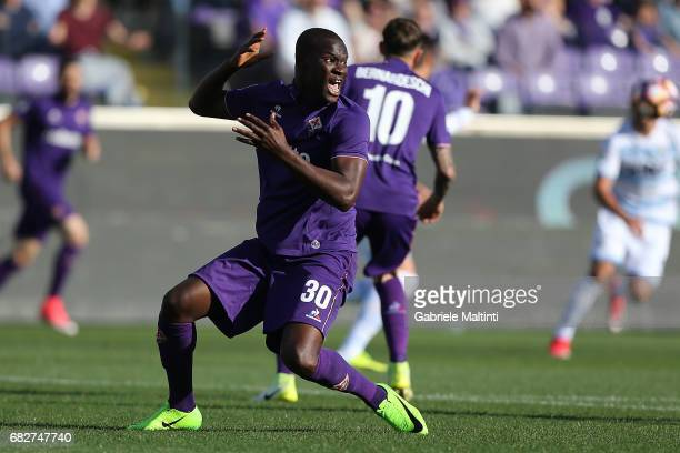 Khouma Babacar of ACF Fiorentina reacts during the Serie A match between ACF Fiorentina and SS Lazio at Stadio Artemio Franchi on May 13 2017 in...