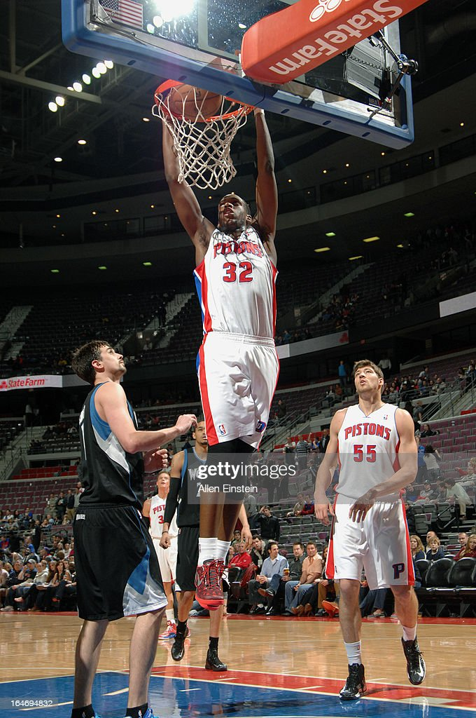 <a gi-track='captionPersonalityLinkClicked' href=/galleries/search?phrase=Khris+Middleton&family=editorial&specificpeople=6689629 ng-click='$event.stopPropagation()'>Khris Middleton</a> #32 of the Detroit Pistons goes up for the dunk against the Minnesota Timberwolves during the game on March 26, 2013 at The Palace of Auburn Hills in Auburn Hills, Michigan.