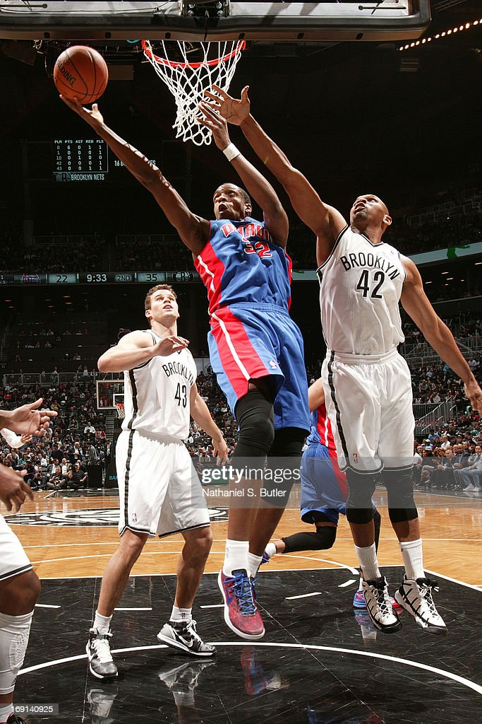 <a gi-track='captionPersonalityLinkClicked' href=/galleries/search?phrase=Khris+Middleton&family=editorial&specificpeople=6689629 ng-click='$event.stopPropagation()'>Khris Middleton</a> #32 of the Detroit Pistons shoots against <a gi-track='captionPersonalityLinkClicked' href=/galleries/search?phrase=Jerry+Stackhouse&family=editorial&specificpeople=201683 ng-click='$event.stopPropagation()'>Jerry Stackhouse</a> #42 of the Brooklyn Nets on April 17, 2013 at the Barclays Center in the Brooklyn borough of New York City.