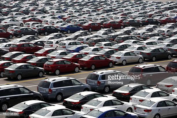 Kia Motors Corp vehicles bound for export await shipment at the port of Pyeongtaek South Korea on Thursday Aug 9 2012 South Korea's gross domestic...
