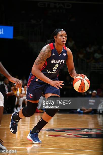 Kia Vaughn of the Washington Mystics dribbles the ball against the Indiana Fever on September 11 2016 at the Verizon Center in Washington DC NOTE TO...