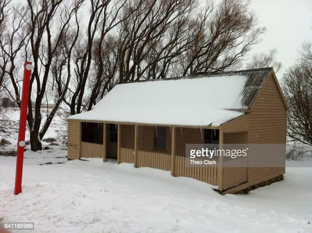 Kiandra - Matthews Cottage in snow