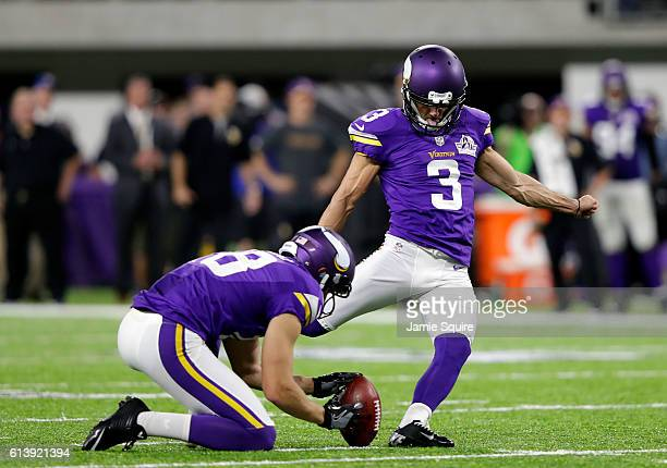 Vikings Kicker Blair Walsh >> Blair Walsh Stock Photos and Pictures | Getty Images