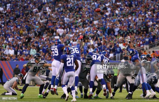 Kicker Blair Walsh of the Seattle Seahawks scores a 39yard field goal against the New York Giants during the second quarter of the game at MetLife...