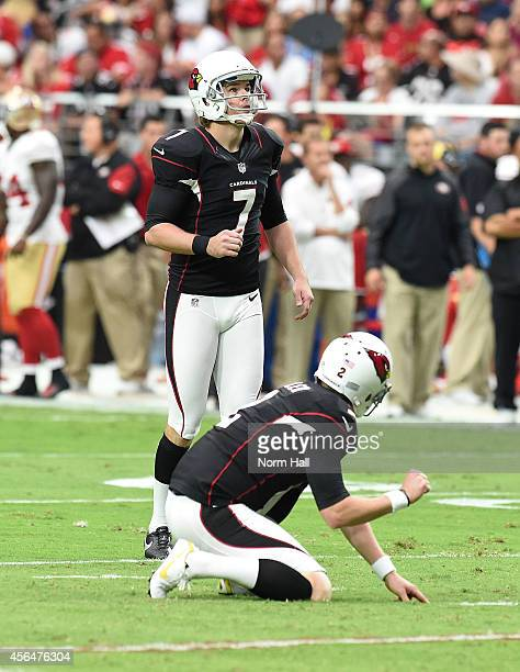 Kicker Chandler Catanzaro of the Arizona Cardinals gets ready for a field goal attempt against the San Francisco 49ers at University of Phoenix...