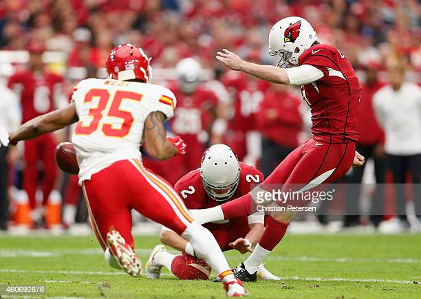 Kicker Chandler Catanzaro of the Arizona Cardinals kicks a field goal against the Kansas City Chiefs during the NFL game at the University of Phoenix...