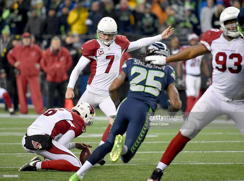Kicker Chandler Catanzaro #7 of the Arizona Cardinals kicks the game-winning field goal against the Seattle Seahawks at CenturyLink Field on December 24, 2016 in Seattle, Washington.